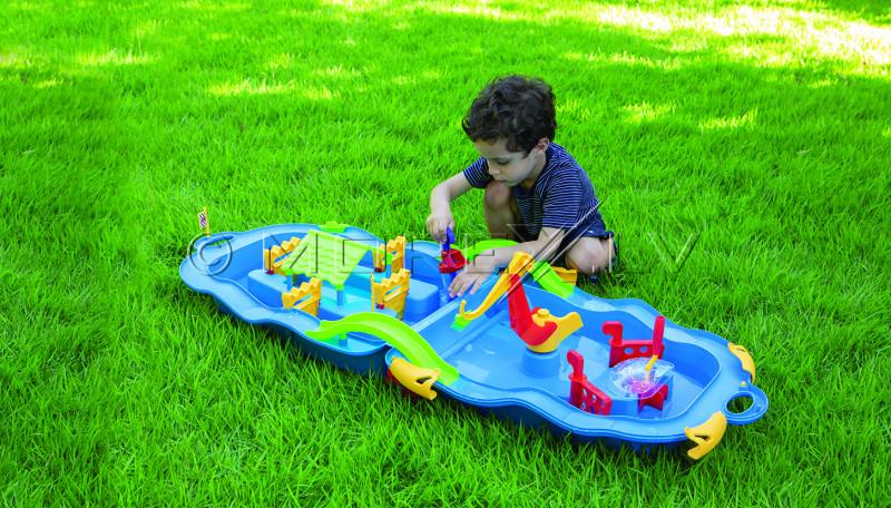 Starplay koferis spēlēm ar ūdeni