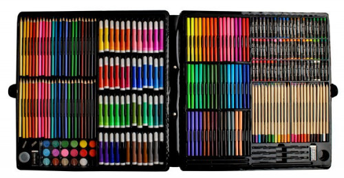 Painting art case  - 258 items